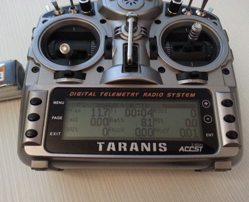 Naze32 X8R telemetry screen on the Taranis.